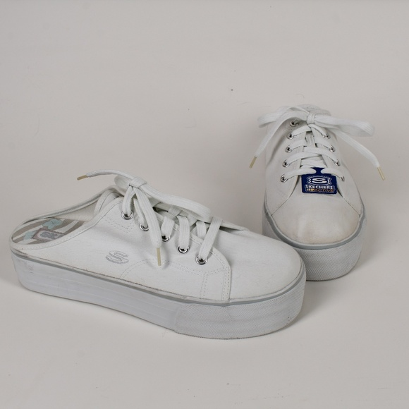efa5a2bc672 90s Sketchers Backless Slip On Platform Sneaker. M 5c4293ea1b32949baf4960bd